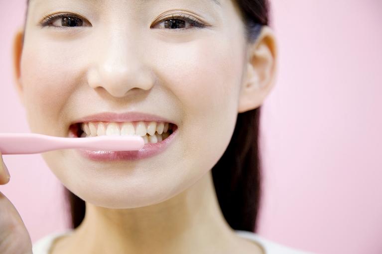 セルフケアと歯科医院でのメンテナンスを併用しましょう