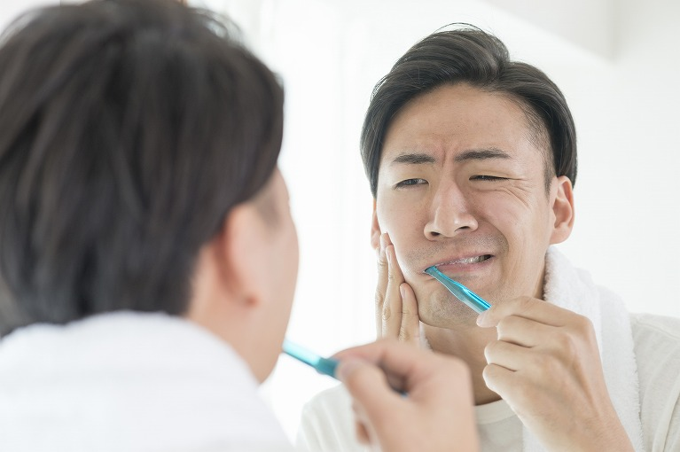 歯周病が歯と体に与える影響
